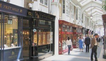 Locksmith in Mayfair W1k