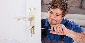 locksmith upvc door lock